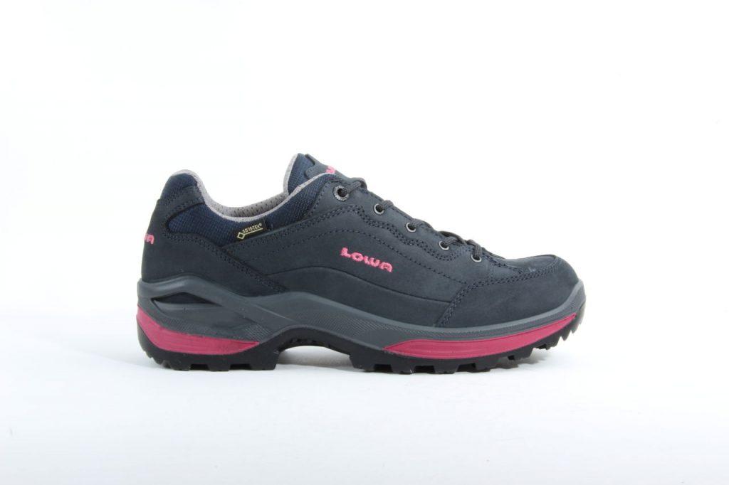 Lowa-320963-Blauw-wandelschoenen-€-16995.jpg